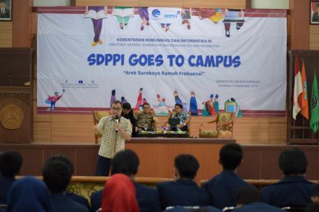 Goes to Campus, Dirjen SDPPI Ajukan Pertanyaan Langsung ke Mahasiswa
