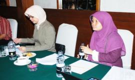 Ibu Lita selaku Pembawa Acara Workshop
