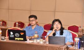 Direktorat Penataan Sumber Daya (Ditjen SDPPI) Weni Setiani menyampaikan laporan sesuai dengan Tupoksinya