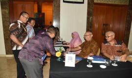 Peserta Workshop Tingkatkan Wawasan Pengelola BMN, SDPPI Adakan Workshop Aset Tak Berwujud sedang melakukan Regestrasi