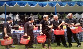 Foto bersama Tim Memasak Ditjen SDPPI,(Kemkominfo) untuk memeriahkan kegiatan lomba Hari Kartini  19/4 2018
