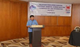 Sesditjen Sadjan memberikan laporan kegiatan pada acara acara Pelatihan Manajemen Survival di Jakarta (16/5).