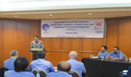 Pendiri Quantum HRM Internasional, Pribadiyono memberikan kata pengantar pada  acara Pelatihan Manajemen Survival di Jakarta (16/5).