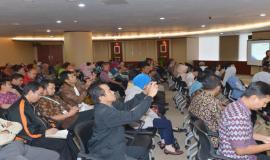 Situasi saat berlangsungnya acara Sosialisasi Survei Kesehatan Budaya Kerja (25/5).