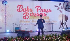 Menkominfo Rudiantara memberikan sambutan pada acara Buka Puasa Bersama (31/5).