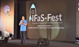 Dirjen SDPPI (Ismail) sedang memberikan arahan terkait dengan kegiatan IFas-Fest  26/7  2018