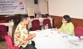 Peserta dari UPT(Unit Pelayanan Teknis) Balmon Palangkaraya sedang melakukan Uji Materi 31/8 2018