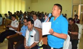 Salah Satu Peserta Undangan dari Koperasi Nelayan Bandar Lampung mengomentari atau memberikan masukan terkait dengan alat yang akan di pergunakan oleh para Nelayan
