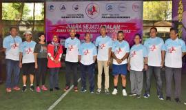 Foto Bersama Sesditjen SDPPI (R.Susanto) tengah, dan  Pejabat Kominfo dengan Para Direktur dari XL Axiata Dian Siswarini Dirut PT Pos Indonesia