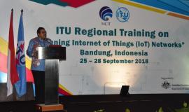 Direktur Jenderal Sumber Daya dan Perangkat Pos dan Informatika (Ismail) membuka acara Pelatihan ITU Regional Bandung 25/9 2018