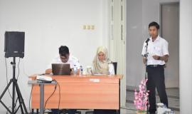 Petugas Pembaca Do'a dalam acara dalam acara Pelatihan Sertifikasi Bendahara Pengeluaran Direktorat Jenderal Sumber Daya dan Perangkat Pos dan Informatika