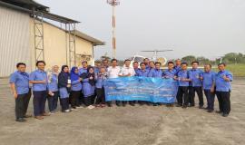 Praktrek lapangan di Balai Besar Kalibrasi Fasilitas Penerbangan Curug (24/10).