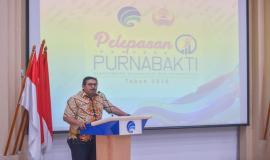 Plt. Sekretaris Jenderal Kemkominfo Ismail memberikan sambutan pada acara Pelepasan Purnabakti Kominfo (30/11).