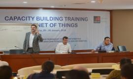 Para Narasumber dari GSMA pada kegiatan Capacity Building Training IoT (29/1).