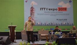 Direktur Standardisasi PPI Mochamad Hadiyana menjadi salah satu narasumber pada sesi dialog pertama pada kegiatan Indonesia Telecommunication Type Approval (ITTA) Expo 2019 di Semarang (30/4).