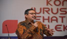 Dirjen SDPPI sekaligus Ketua Badan Regulasi Telekomunikasi Indonesia (BRTI) Ismail memberikan paparannya pada acara Talkshow dan Seminar Indonesia Technology Forum di Jakarta, Rabu (2/5).