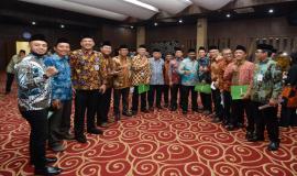 Sebagian peserta pelantikan pejabat dari satuan kerja Ditjen SDPPI pada acara pelantikan pejabat di lingkungan Kemkominfo di Jakarta (19/6).