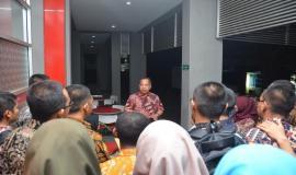 Sesditjen R. Susanto menyampaikan amanah dan nasihat kepada para peserta On the Job Training (OJT) Ditjen SDPPI (30/8)