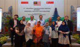 Foto bersama delegasi asal Indonesia pada kegiatan 17th Trilateral Meeting Coordinaton Between Indonesia, Singapore and Malaysia di Bali, kamis (10/10).