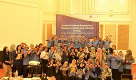 Foto Bersama Peserta Sosialisasi Pedoman Kearsipan dan Aplikasi Arsip Elektronik (E-Arsip) 30/10/2019