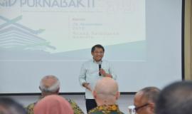Chief RA memberikan sambutan sekaligus kesan dan pesan pada acara Pelepasan Purnabakti Kominfo di Jakarta (29/11).