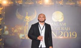 Kabag Perencanaan, Program, dan Pelaporan Aryo Pamoragung saat menghadiri Malam Anugerah ASN 2019 (2/12).