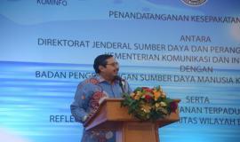 Dirjen SDPPI Ismail memberikan sambutan pada kegiatan Pembukaan Pusat Pelayanan Terpadu Ditjen SDPPI tahun 2020 di Gedung Wisma Antara dan Persiapan Zona Integritas Menuju Wilayah Birokrasi Bersih dan Melayani (WBBM) tahun 2020 (14/1).