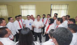 Sesditjen SDPPI R. Susanto dan Plt. Direktur Pengendalian memberikan arahan kepada seluruh peserta Diklat pada kegiatan pembukaan Pendidikan dan Pelatihan Penyidik Pegawai Negeri Sipil (PPNS) Ditjen SDPPI di Bogor (3/2).