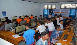 4.Suasana ujian UNAR tahap II di Kabupaten Sangihe  berlangsung  tertib, Sabtu (8/2/2020).   Ujian dengan menggunakan  CAT merupakan kali kedua dilaksanakan  oleh Balmon Spekfrekrad Kelas II Manado dari total 12 kali di tahun 2020.