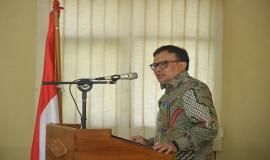 Plt Direktur Pengendalian SDPPI Dwi Handoko memberikan sambutan pada kegiatan Upacara Penutupan Diklat Manajemen Penyidik Pegawai Negeri Sipil (PPNS) Ditjen SDPPI (03/03/2020)